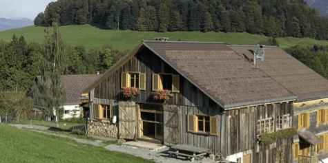Hut where the Mountain Hackathon takes place